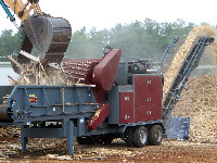 Grinding urban wood waste